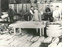 Image of D.VIII.020 - Salmon Canning, 1898, Reproduced by G. Davis