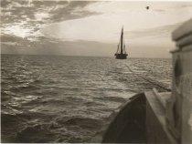Image of Tug CHALLENGE towing WAWONA
