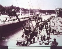 Image of D.XXV.063.A,B,C - Opening of Locks for boats.