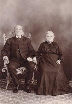Image of fic.0563.006 - Mr. and Mrs. H.E. Saxrud, or Theodore Saxrud and wife