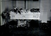 Image of Closed casket