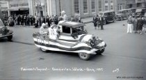 Image of WF 1438 - 1037 Marineer Pageant - D. A. R. float