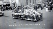 Image of 1937 Marineer's Pageant - unknown float
