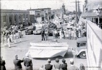 Image of 1940 Marineer Parade - boat model float