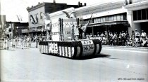 Image of WF 1465 - 1941 Marineer Pageant - Eagles' float