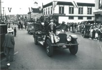 Image of WF 1490 - Marineer Parade c. 1938 - Anacortes Fire Dept.