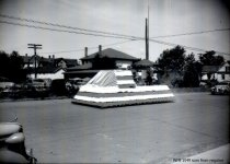 Image of 1948 Marineer Parade - Merry-go-round float