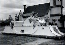 Image of 1939 Marineer Parade - Puget Sound Power and Light float
