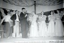 Image of WF 1590 - 1939 Marineer Pageant Coronation