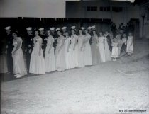 Image of WF 1633 - 1949 Marineer Pageant Royalty