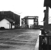 Image of WF 2381 - Puget Sound Navigation Co. Ferry Landing