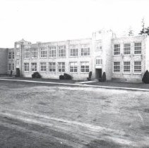 Image of Anacortes High School, c. 1939