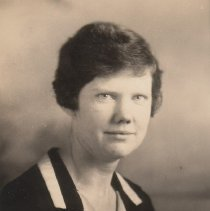 Image of WF 2612.003 - Mary Carter, AHS chemistry and biology