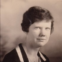 Image of WF 2612.004 - Mary Carter, AHS chemistry and biology