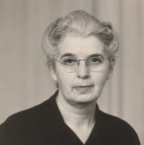 Image of Maude Webb, librarian