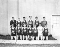 Image of 1931 hgih school basketball team