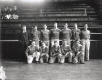 Image of 1933 high school football team