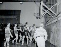 Image of basketball game - 1945