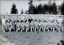 Image of 1942 football teams