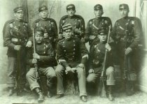 Image of WF 4040 - soldiers - c. early 1900s
