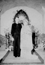 Image of wedding of Don McDugle and Marjorie Ratzloff
