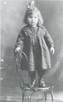 Image of WF 5110 - unknown young girl