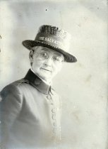 Image of WF 5331 - Salvation Army woman
