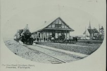 Image of WF 5472.A,B - Great Northern Depot, Anacortes