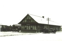 Image of WF 5474 - Great Northern train depot