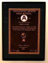Image of 2013.075.001 - Award