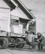 Image of WF 6479.001-.012 - House Move - Fall 1958