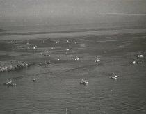 Image of 2013.077.157 - Salmon fishing in San Juan Islands