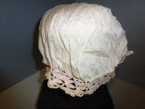 Image of Crochet cap inside lining