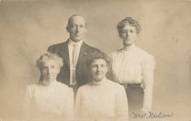 Image of D.I.051 - Mrs. Mary Frank Benn with her children