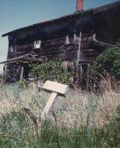 Image of house in disrepair