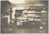 Image of D.IV.016 - Ed Rogers' Shoe Shop