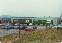 Image of 2012.083.001.049 - Burlington Northern boxcars