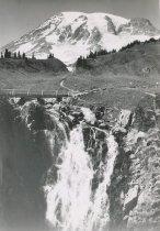 Image of Sluiskin Falls in Paradise Valley
