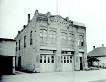 Image of WF 6518 - City Hall c. 1950