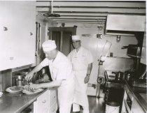Image of 1999.030.004 - cooks on W.T. PRESTON