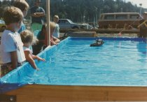 Image of D.XXV.190.A,B - Children at boat pool, 1990