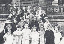 Image of 2015.096.003 - Class of 1930, Columbian School