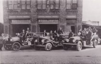 Image of D.III.077 - Old Fire Hall and firemen