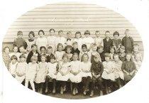 Image of D.III.090 - 1912 1st grade, Nelson School
