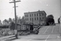 Image of D.IV.174 - Huntoon Building and Hapeman home