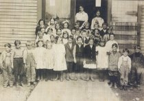 Image of 2001.091.003 - Nelson School 1st Grade, 1911-1912