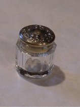 Image of jar with silver lid