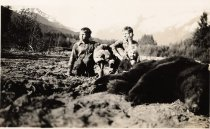 Image of Satko children with dead bear