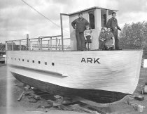 Image of Satko family and ARK, 1939