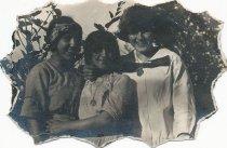 Image of 2001.tan.111 - three girls outside